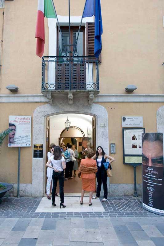 """Suskov - Mostra """"Arte e Stato"""", Pescara 16-06-2011"""